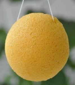 En gul konjaksvamp